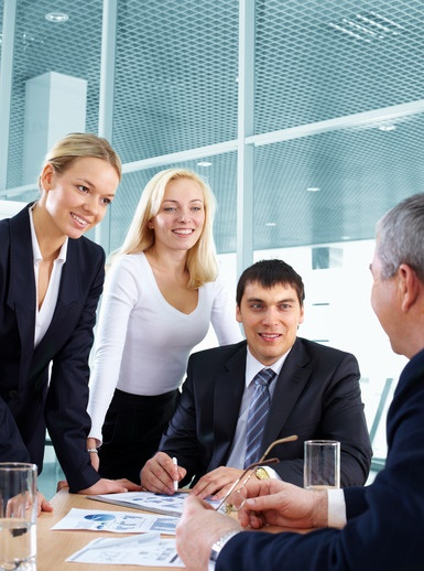 sales-leader-listening-image
